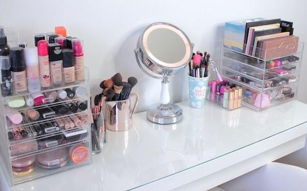 MissTango2 Makeup Storage