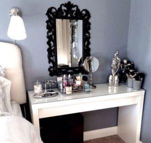 organised-makeup-area