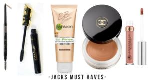 makeup-artist-must-haves